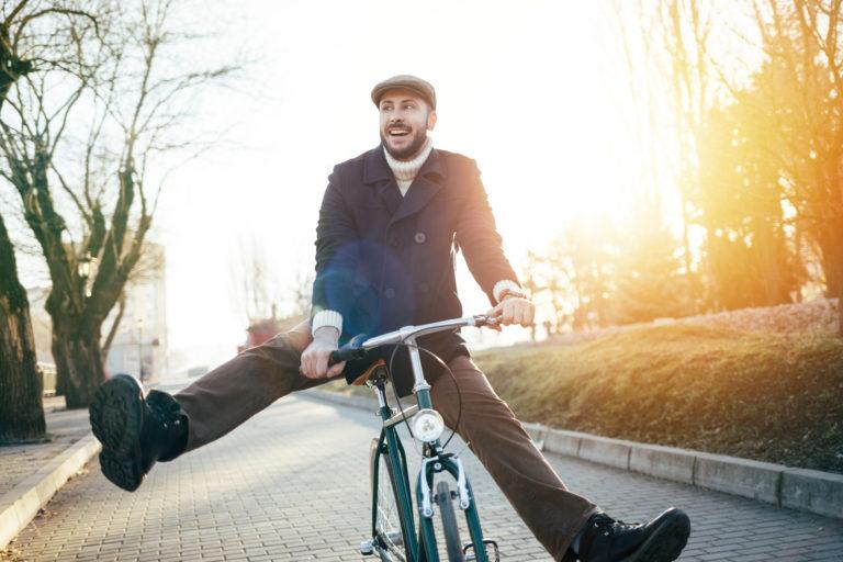 Collega's op de fiets voor Dikketruiendag