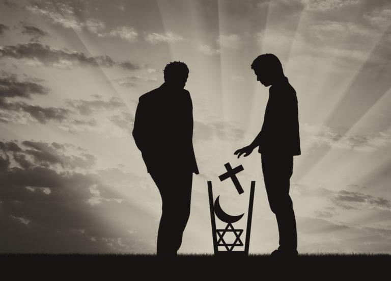 Opinie: 'Wereldwijd blijft het geweld tegen ongelovigen of andersgelovigen toenemen'