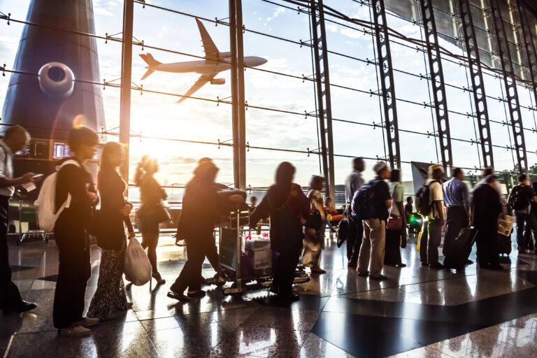 Opinie: De impact van reizigers op de cijfers is beperkt, maar wel dankzij de anderen